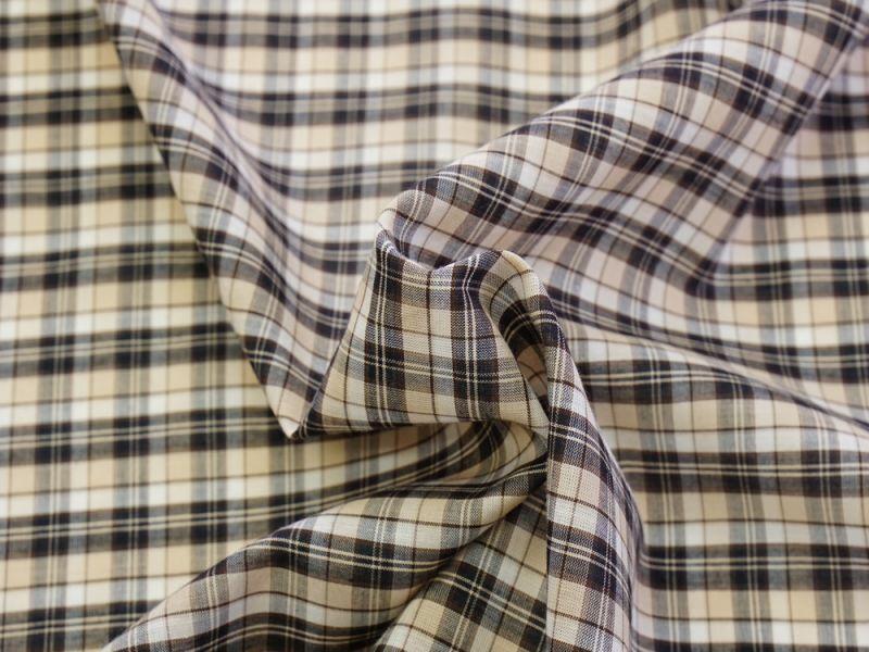 画像1: 播州織 綿シルク チェック 薄地 ベージュ系